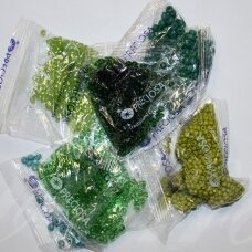 Preciosa firmos čekiškas biseris, apvali forma, įvairūs dydžiai, žalia spalva, mišinys, 1 kg.