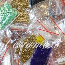 preciosa firmos čekiškas biseris, maišeliai apie 10 g, įvairūs dydžiai, formos ir spalvas, mix, 1 kg.