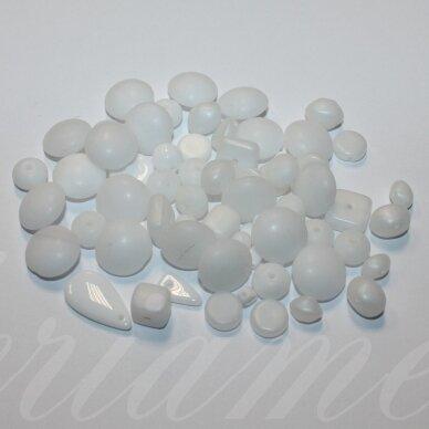 prstk92mix21-white įvairių dydžių, stiklinis karoliukas, matinė, mix spalva, apie 250g.