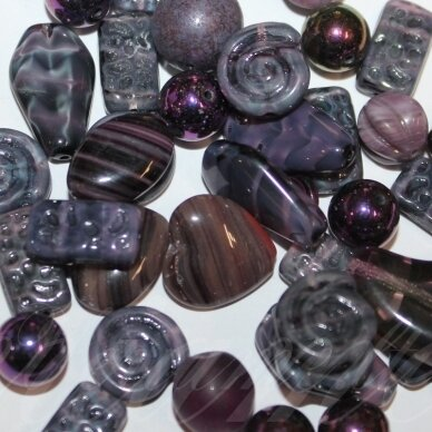 prstk92mix-dark-violet various sizes, glass bead, mix colors, about 250 g.