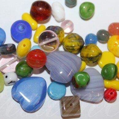 prstk92mix111-multi įvairių dydžių, stiklinis karoliukas, mix spalva, apie 250 g.