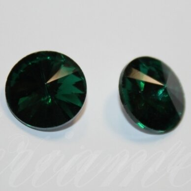 riv0007-disk-10 apie 10 mm, disko forma, skaidrus, žalia spalva, 8 vnt. 2