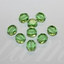 stk0833 apie 8 x 7 x 5 mm, briaunuotas kraštas, skaidrus, žalia spalva, stiklinis karoliukas, 28 vnt.