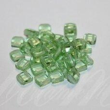 STK1154 apie 6 x 3 mm, kvadrato forma, dvi skylutės, skaidrus, žalia spalva, stiklinis karoliukas, apie 103 vnt.