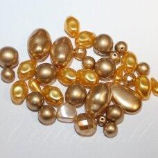 STKB0092-mixvosk-gold įvairių dydžių, formų, auksinės spalva, čekiško stiklo mišinys, 250 g.