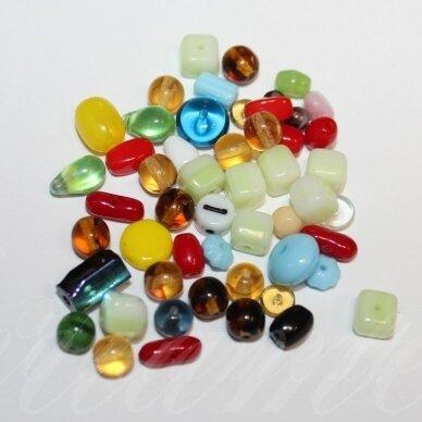 stkmix3, įvairių dydžių, įvairių formų, įvairių spalvų, stiklinių karoliukų mišinys, apie 200 g.