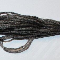 svsl0018, pilka spalva, medvilnė, siūlai, apie 8 m.