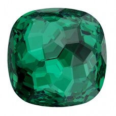Swarovski 4483 Fantasy Cushion 8mm Emerald (2 vnt)