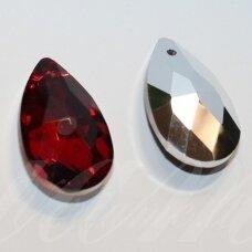swl0227-las-28x16 apie 28 x 16 mm, lašo forma, briaunuotas, skaidrus, raudona spalva, pakabukas, 1 vnt.