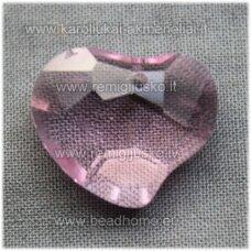 swp0028-sird-16x19x8 apie 16 x 19 x 8 mm, širdutės forma, skaidrus, rožinė spalva, pakabukas, 1 vnt.