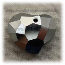 swp0090-sird-07.5x20x16 apie 7.5 x 20 x 16 mm, širdutės forma, briaunuotas, sidabrinė spalva, pakabukas, 1 vnt.