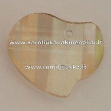 swp0124-sird-16x20x6 apie 16 x 20 x 6 mm, širdutės forma, skaidrus, šviesi, topazo spalva, pakabukas, 1 vnt.