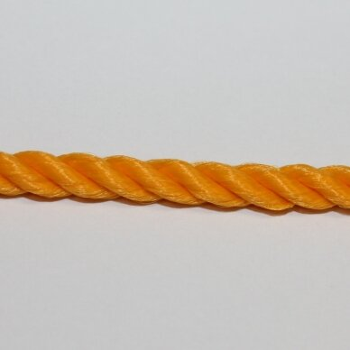 vrsuk0036 about 5mm, light, orange color, twisted rope, about 150 m.